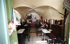 Kleines Café Interiört