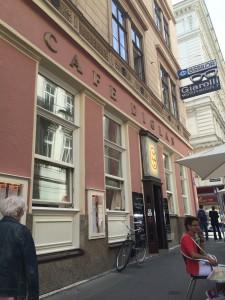 Café Diglas Entré