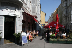 Café Strozzi uteservering. Bildägare @Café Strozzi