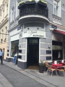 Café Strozzi Entrén