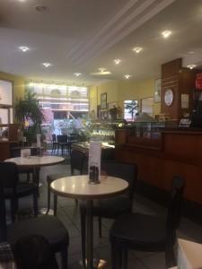 Interiörbild inne i Café Bredendick.